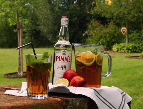 Pimm's_Glas, Flasche, Krug