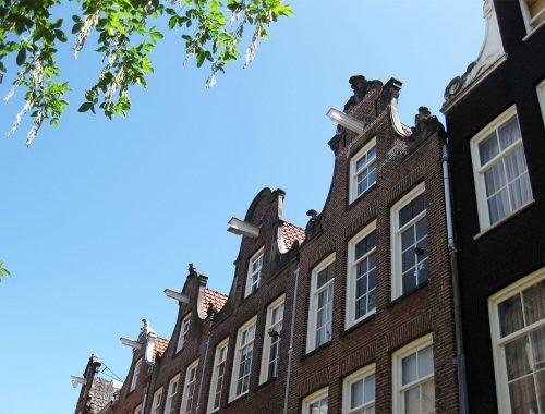 Häuserfront in Amsterdam